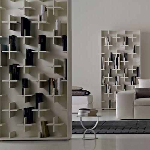 Ein sonderbares Bücher Regal von Nendo für Conde House - #Möbel - designer mobel bucherregal