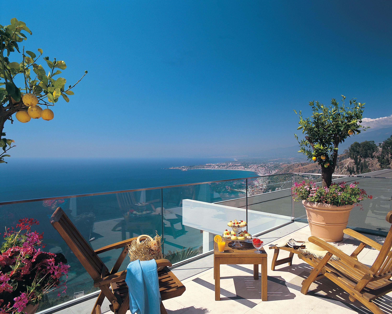 Hotel Monte Tauro, Taormina Hotelthe Hotel Monte Tauro Overlooks The