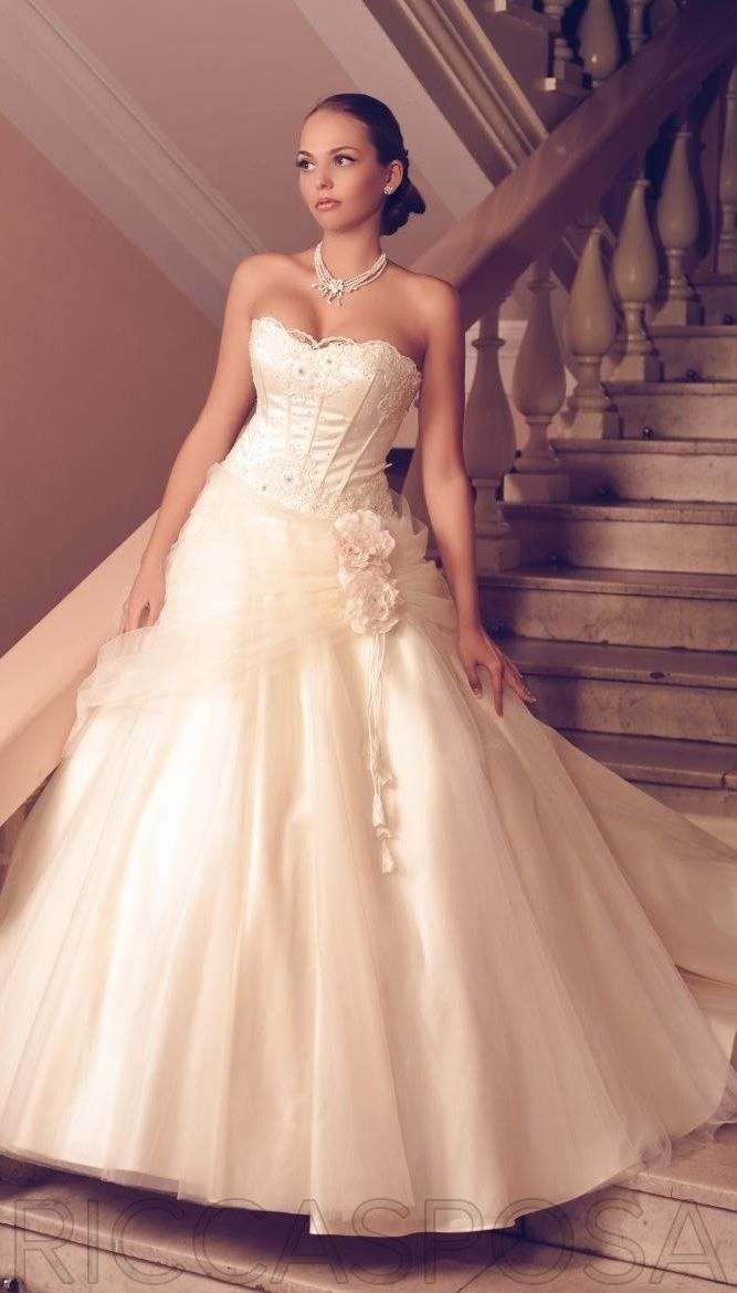 a wedding dress for Belle, from Ricca Spose | Disney Princess ...