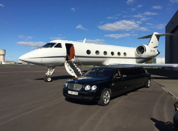 Luxury Limousine Hire Melbourne Krystal Limousines Can Transport