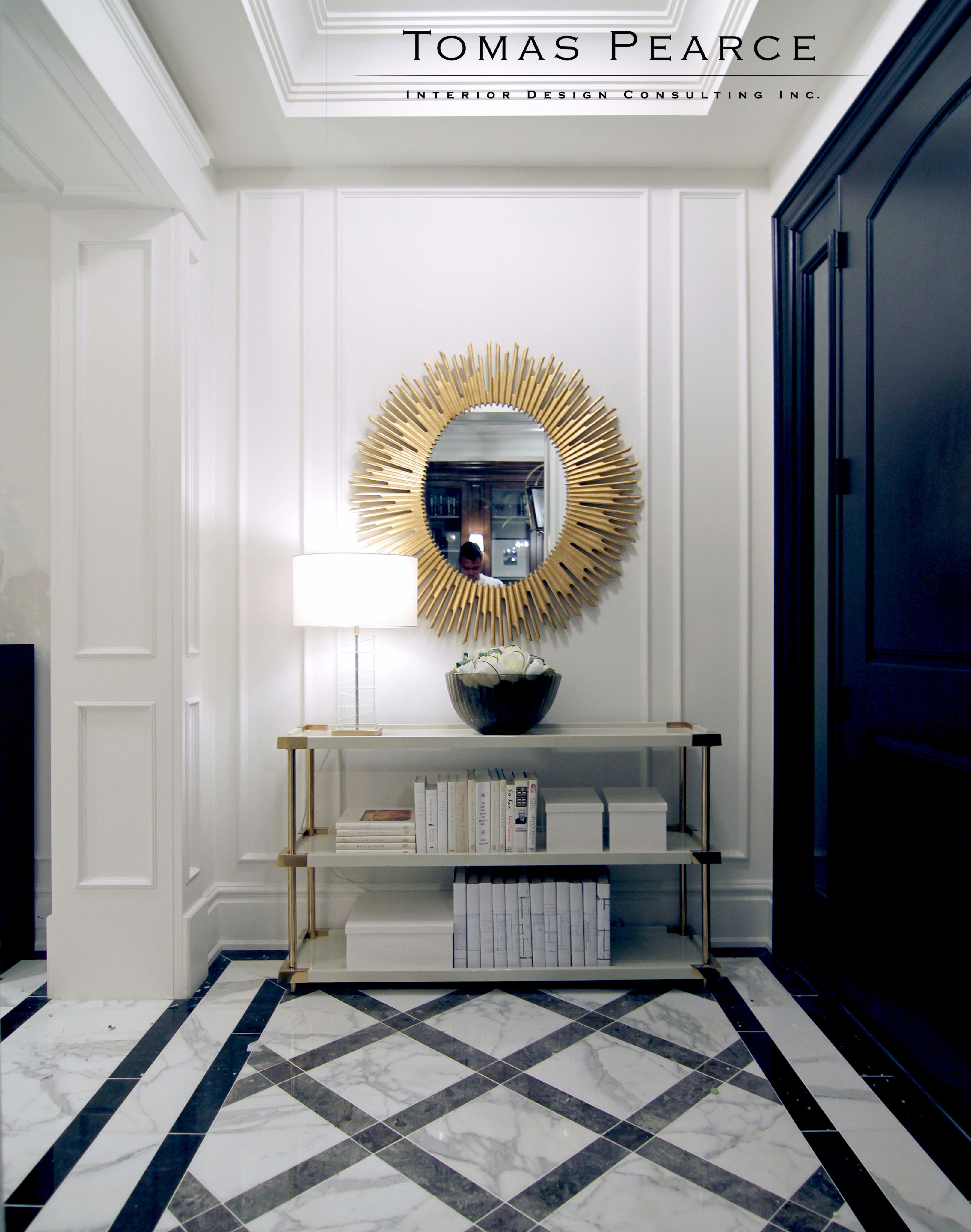 Beautifully decorated space with eccentric mirror