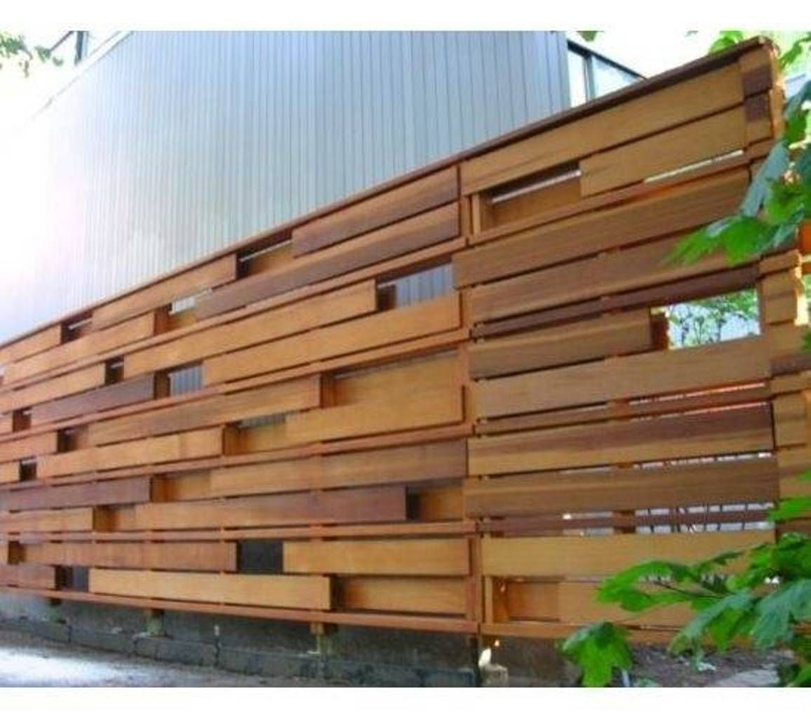 Landscaping And Outdoor Building , Horizontal Wooden Fences : Modern House  Horizontal Wood Fences