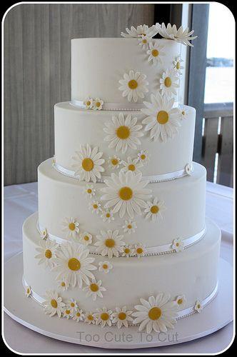 Daisy Dreams With Images Daisy Wedding Cakes Daisy Cakes