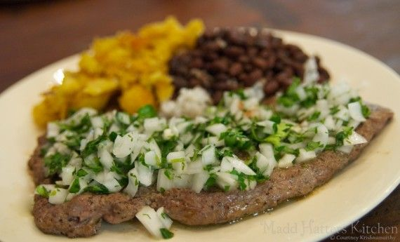 Cuban Palomilla Steak with Black Beans and Plantains #cubanrice