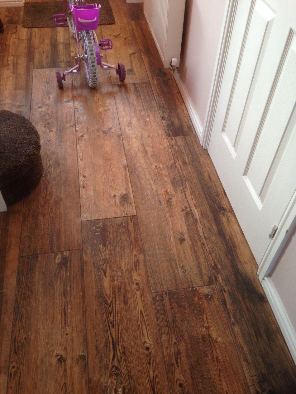 Refin Larix Sun Tile For Her Hallway And Cloakroom Floors The Larix - Holzfliesen innenraum