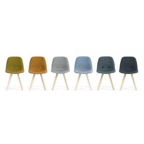 Counter stools | Seating | Eyes Wood EJ 2 | Erik Jørgensen. Check it out on Architonic
