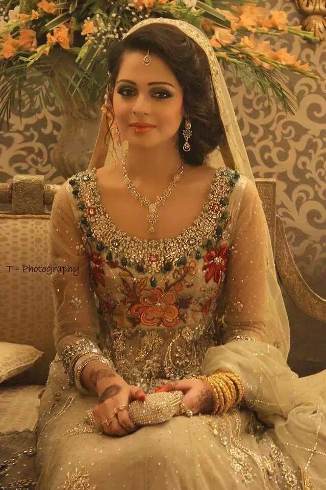 Pin de Ayesha Junaid en Asian wedding and fashion | Pinterest