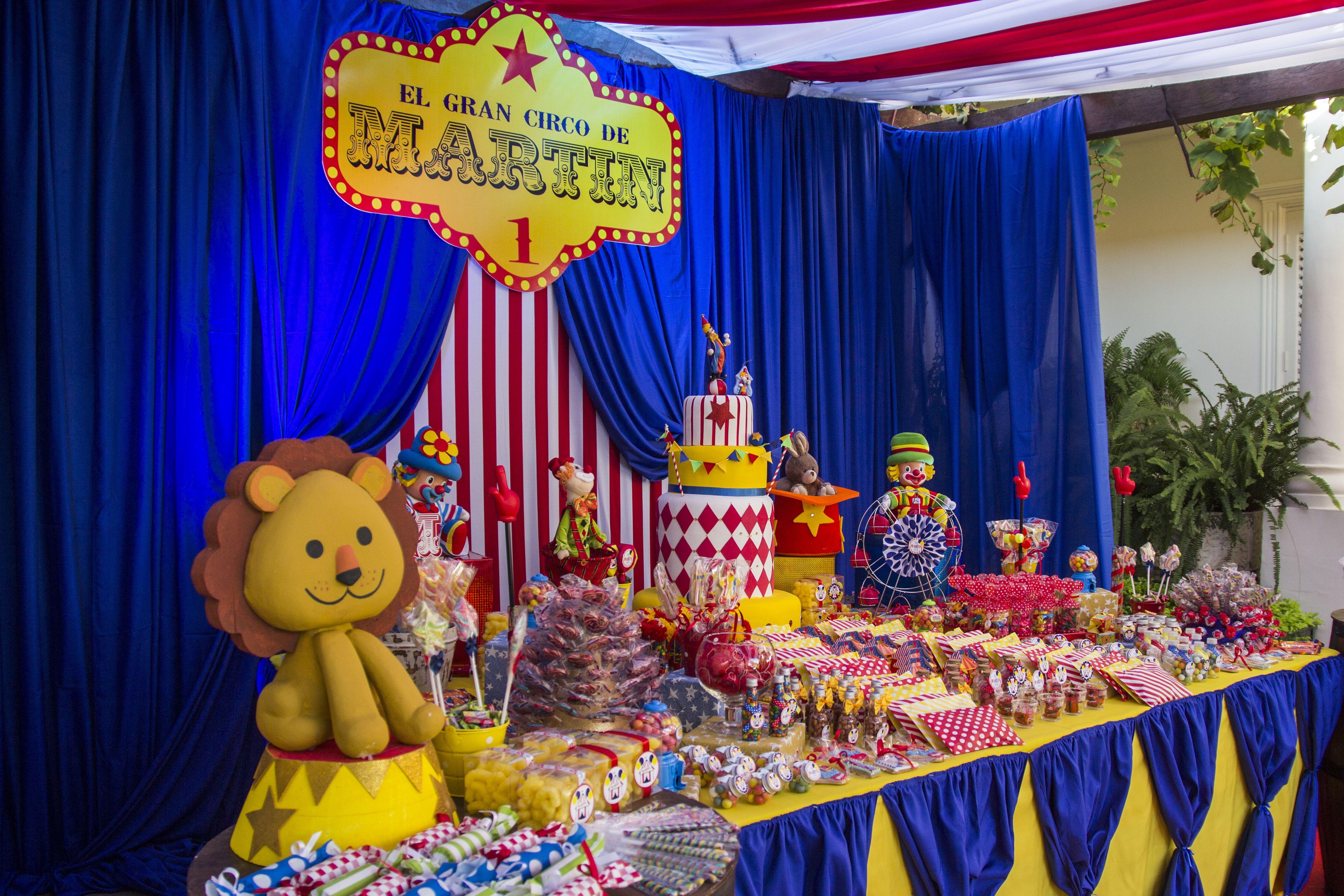 Mesa de golosinas circus party andy decoracion - Golosinas para cumpleanos de ninos ...