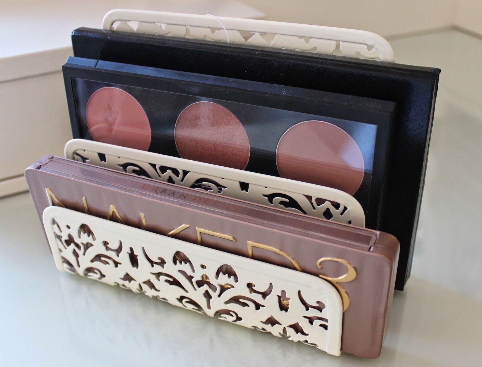BEAUTY & LE CHIC: Make up Palette Storage   bedroom   Pinterest ...