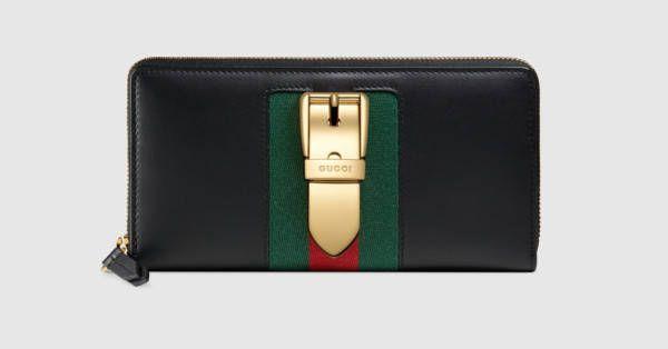 b36c3a00a18 Gucci Portefeuille zippé en cuir Sylvie
