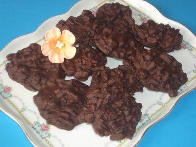 Rocas de chocolate y cereales