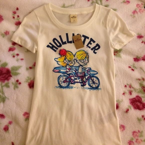 New with tag!! Hollister t-shirt Small Hollister t-shirt. I like it, but never had chance to wear. Hollister Tops Tees - Short Sleeve