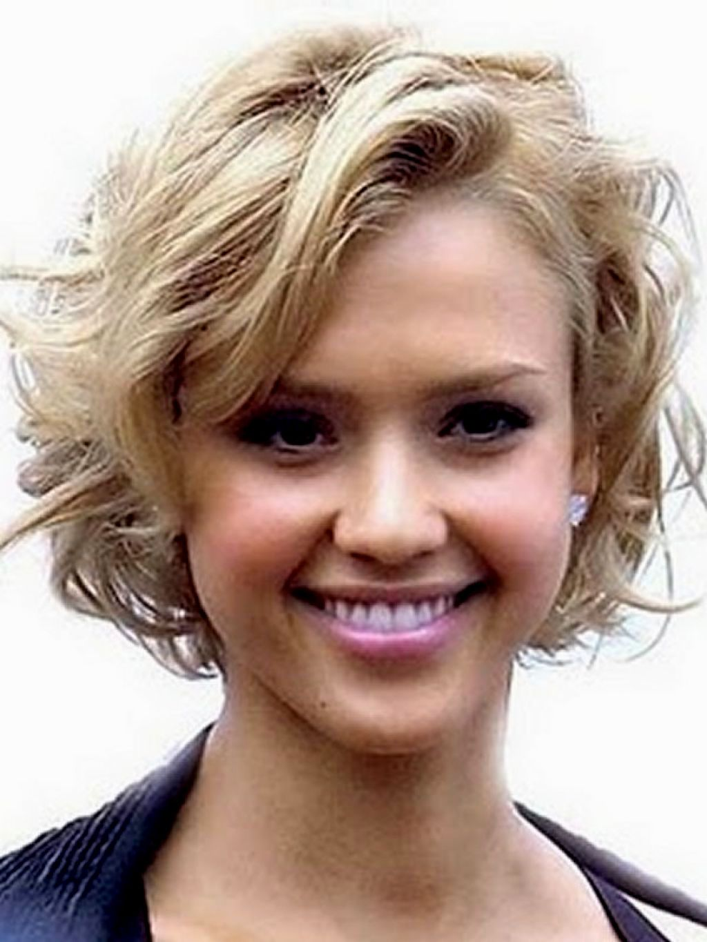 Short Bob Hairstyles For Thick Wavy Hair Best Hairstyle And
