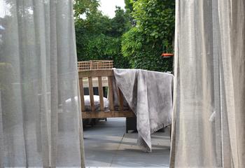 cirrus grey gordijnen linnen in between | Curtain ideas | Pinterest ...