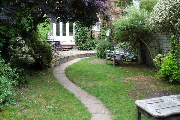 Small Garden Ideas Bench Lawn Garden Curved Garden Path