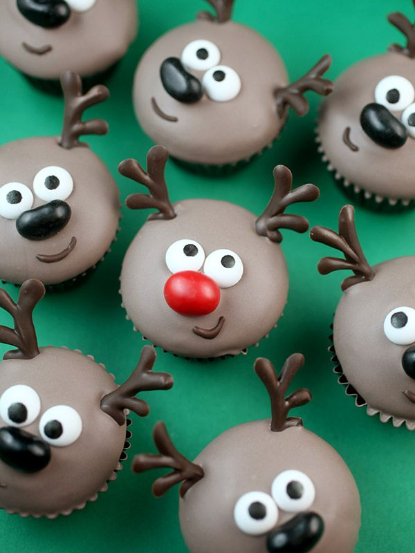 Mini Reindeer Cupcakes
