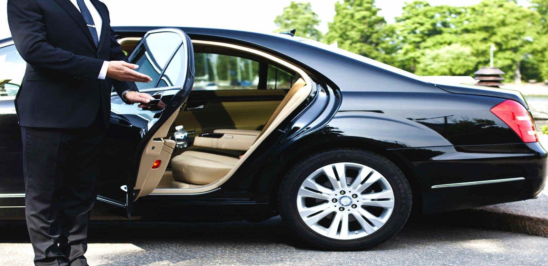 Car Rental With Driver In Dubai Chauffeur Service Private Car Service Black Car Service