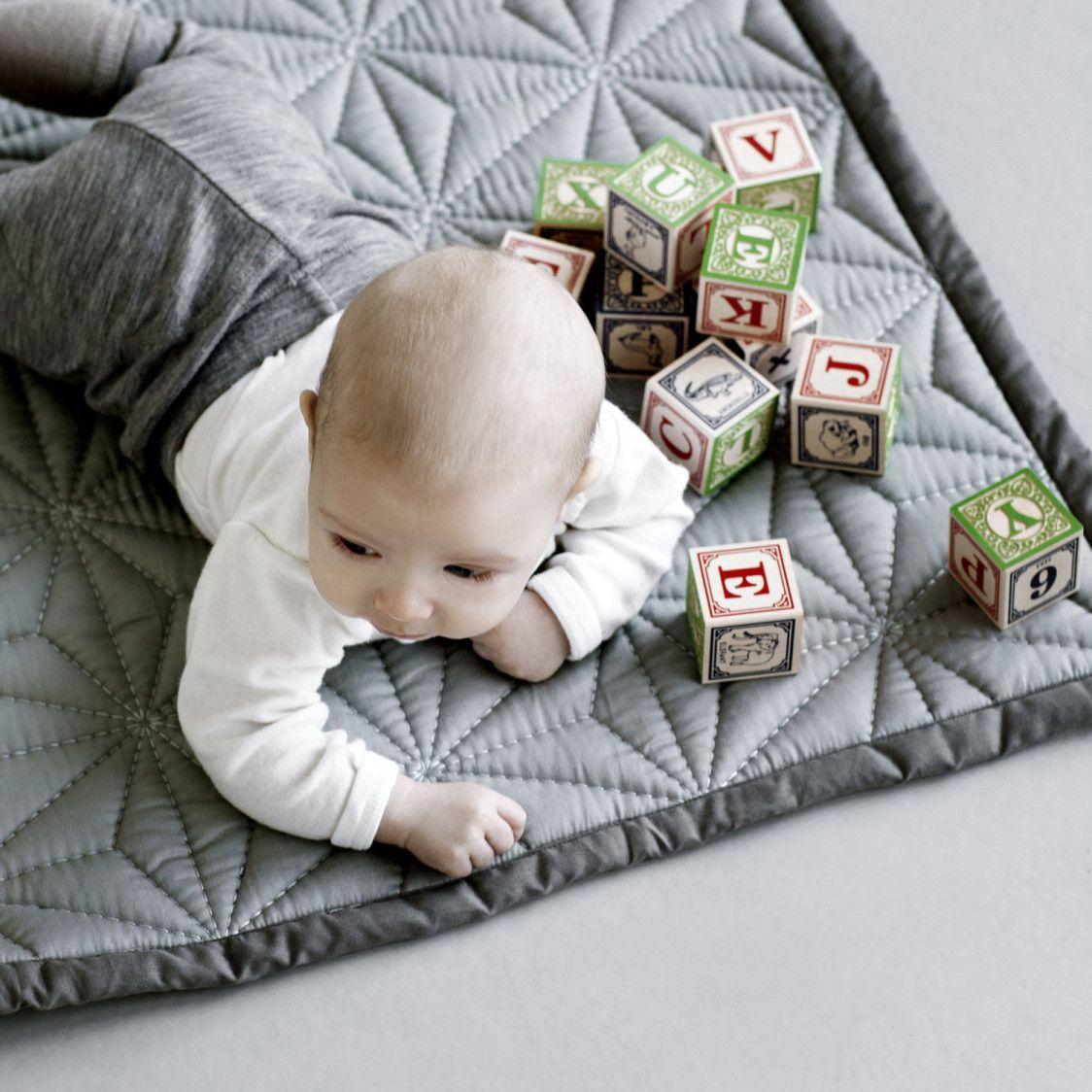 Baby Quilt grey - CamCam