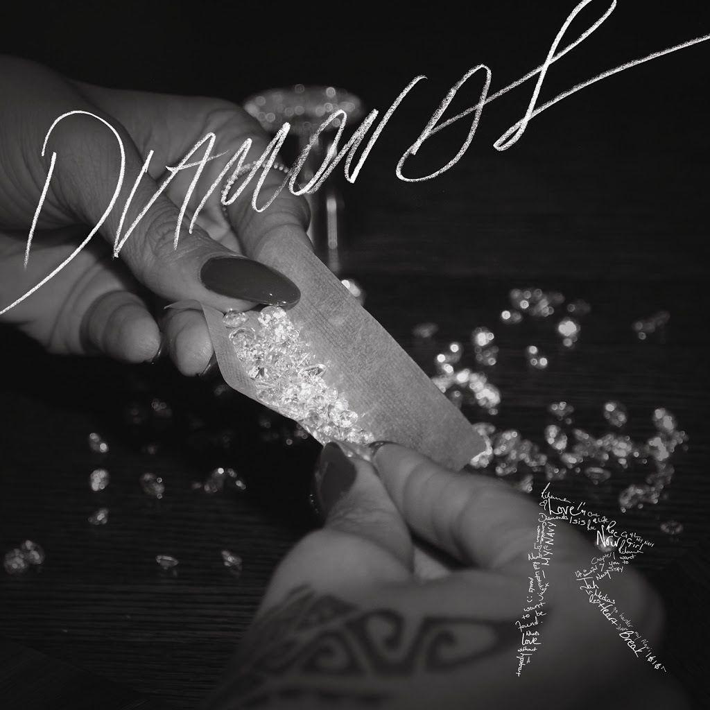 My fav song by Rihanna is diamonds