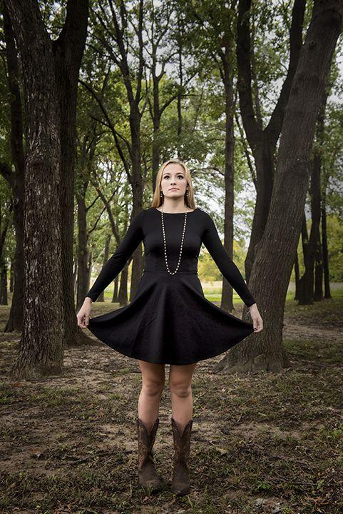 Claire's 2016 senior portrait session at White Rock Lake #seniorportraits #LHHS #Lake Highlands