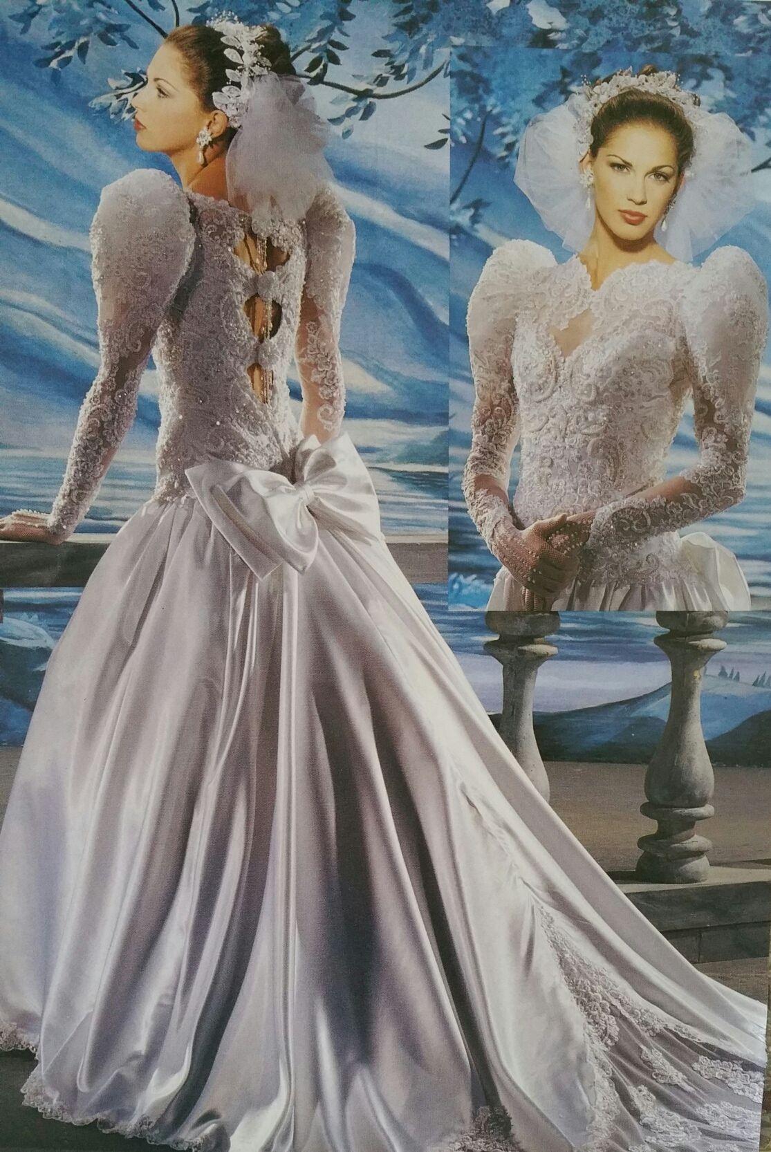 Demetrios 1990 1991 Back Close Bodice View Gorgeous Wedding Dress Wedding Dresses Wedding Dresses Taffeta [ 1666 x 1115 Pixel ]