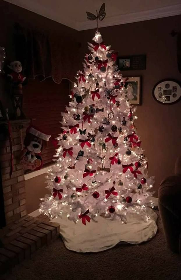 Christmas Tree Bows White.50 Ethereal White Christmas Tree Decoration Ideas That Are
