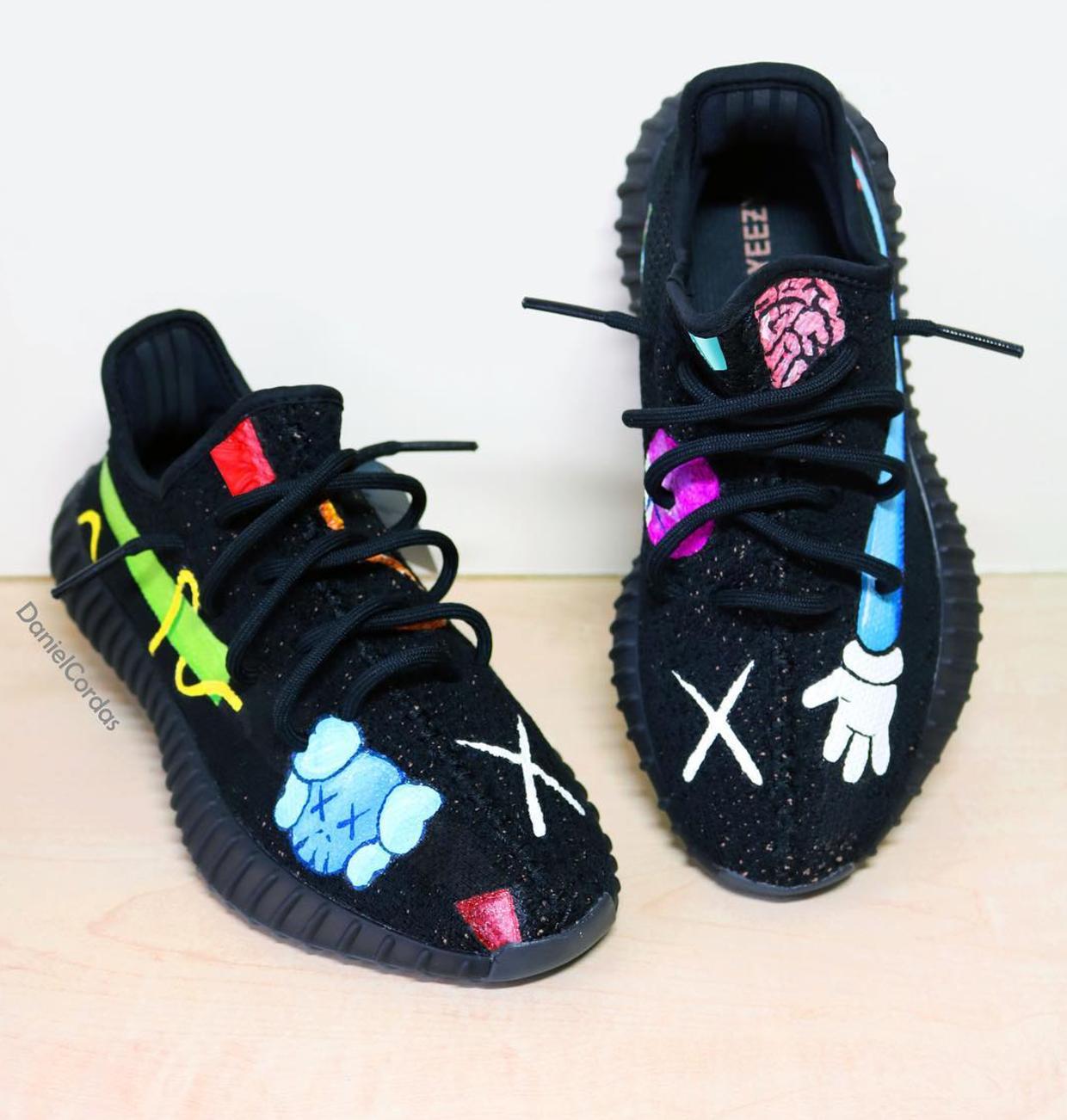 sports shoes 677ec 73862 EU - Kaws x adidas Yeezy Boost 350 V2 Custom