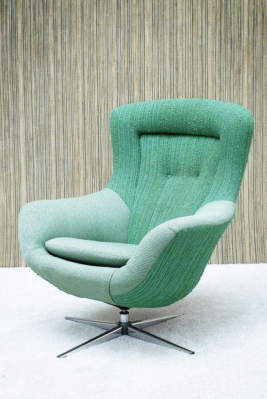 Designer Swivel Chairs For Living Room Gorgeous Swivel Chair On Chrome Base Kaffefuglen  Mid Century Modern Design Ideas