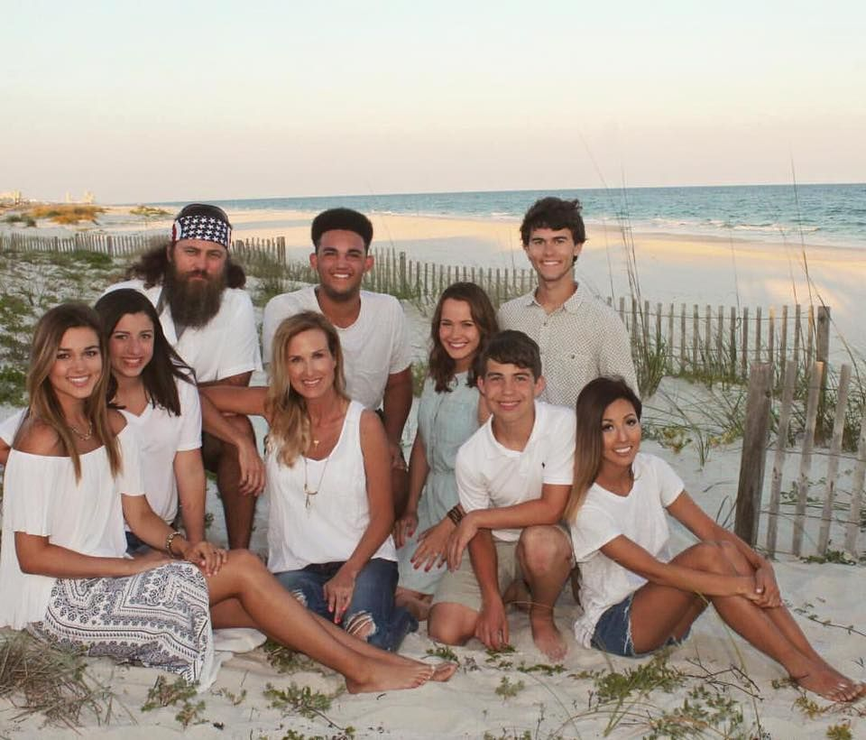 ♥Willie Robertson Family At The Beach 2016