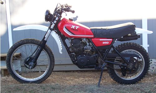 Here Is A Good Example Of An 82 Xt250 Sort Of How I Got It Touring Motorcycles Motorcycle Motorbikes