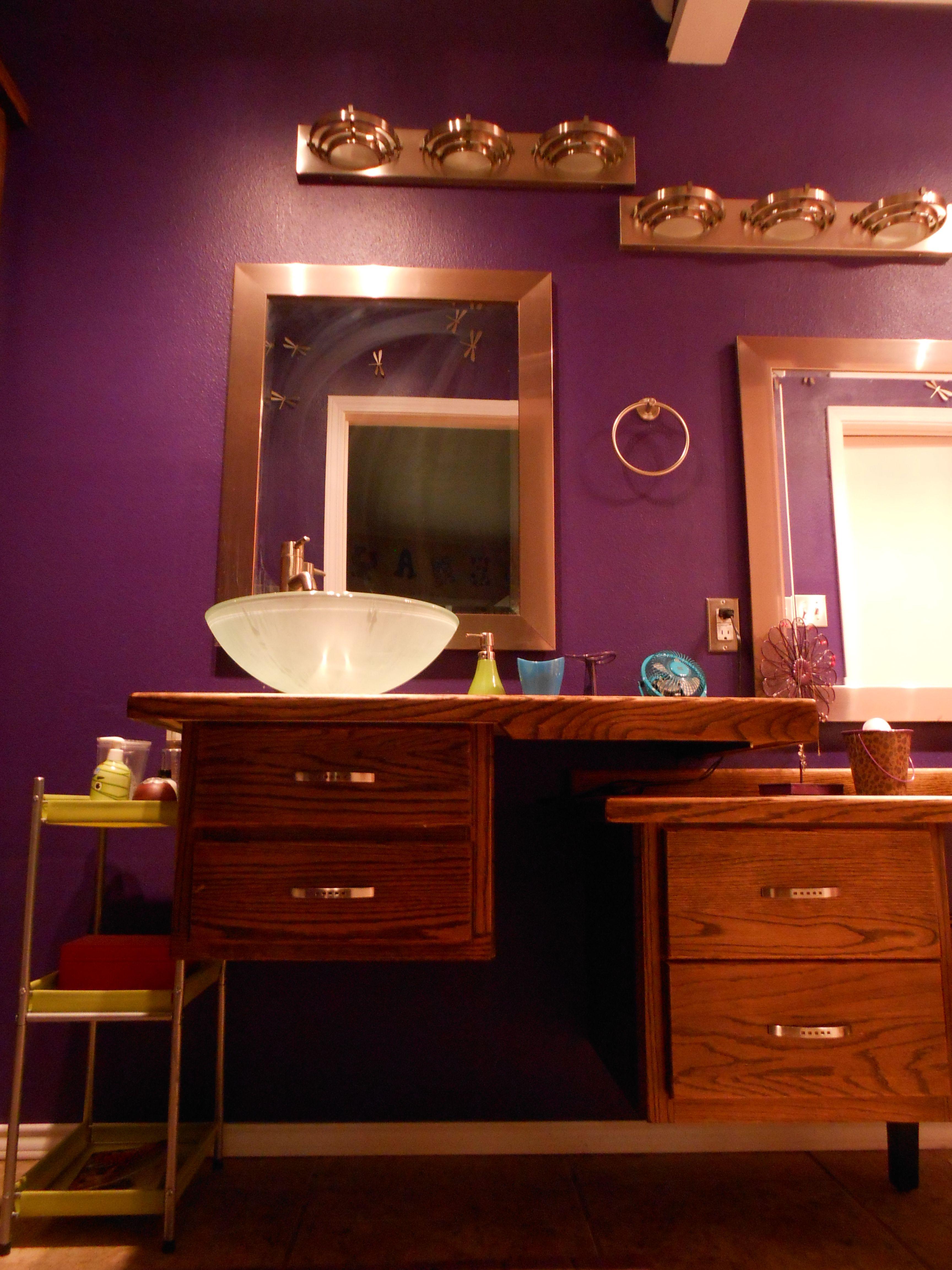Teenage girl's bathroom | Home decor, Inside home ...
