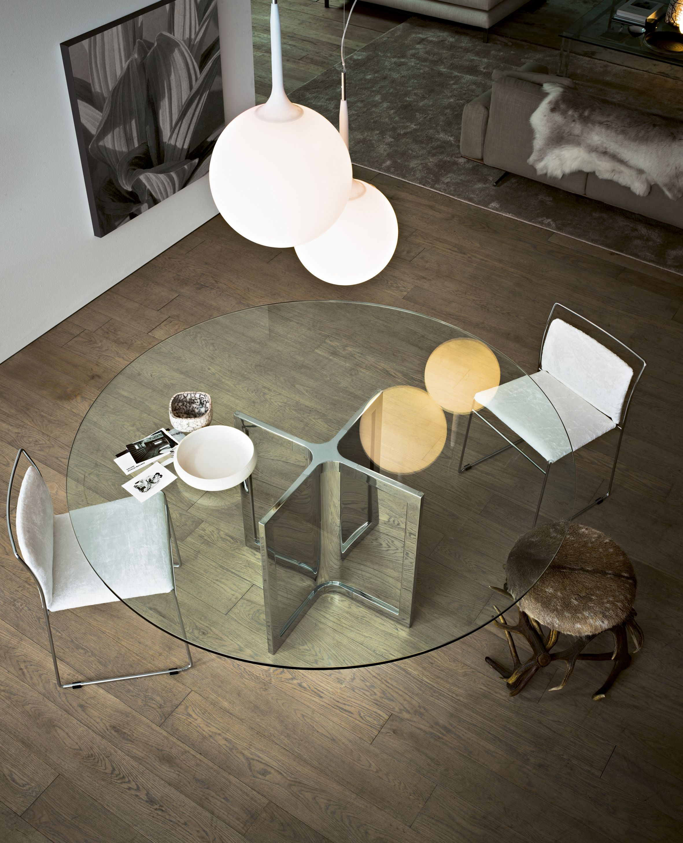 Round crystal table RAJ 4 by Gallotti & Radice