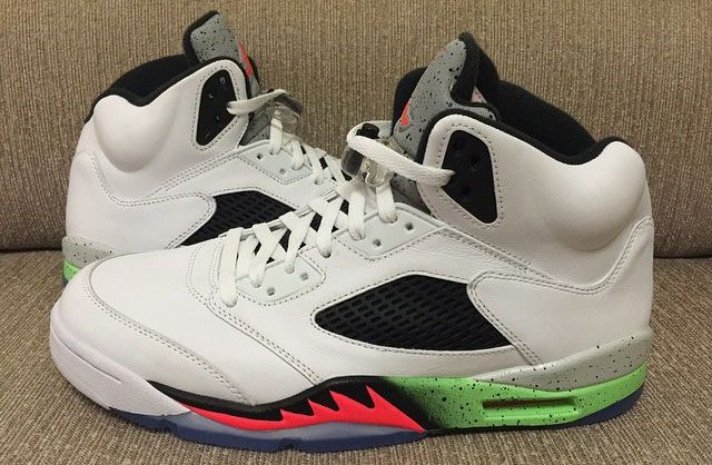 finest selection be0f0 2d91d Air Jordan V 5 Retro White Infrared 23-Light Poison Green Black 136027-115  (1)