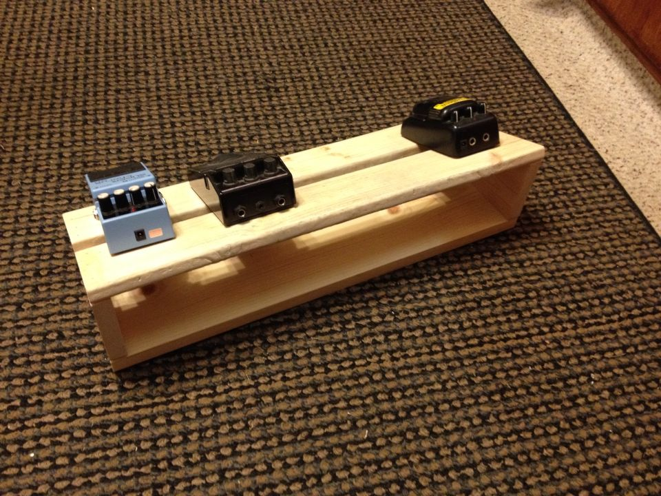 diy guitar pedal board guitars pinterest guitars pedalboard and bass. Black Bedroom Furniture Sets. Home Design Ideas