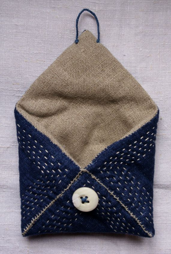 treasury pouch purse wallet in blue linen and antique katazome hand sewn kreditkarten. Black Bedroom Furniture Sets. Home Design Ideas