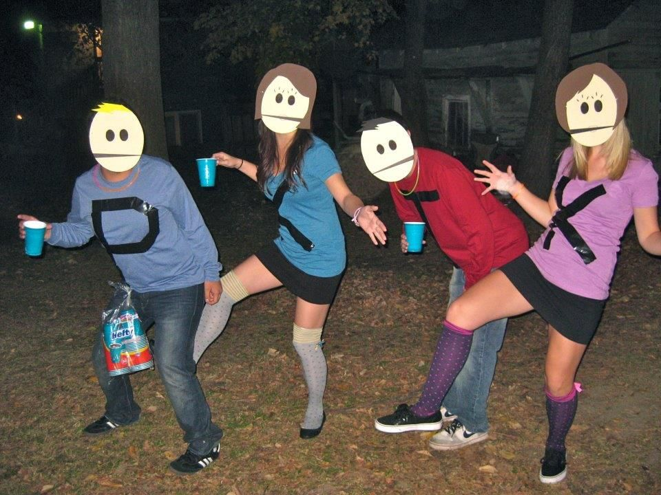 35 Fun Group Halloween Costumes for You and Your Friends ...
