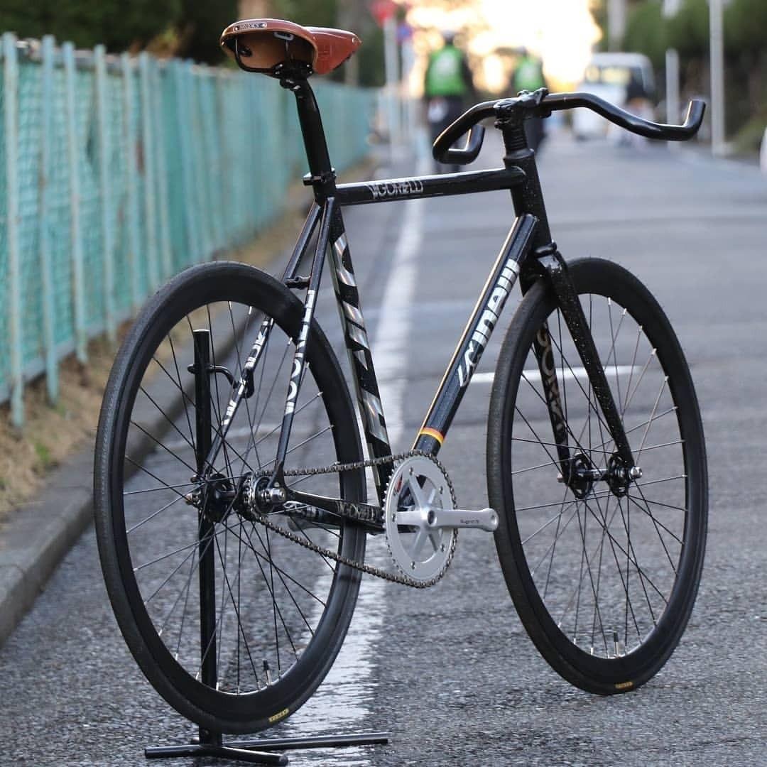 "hizokucycles: ""#Repost from @favusshonan CINELLI VIGORELLI"