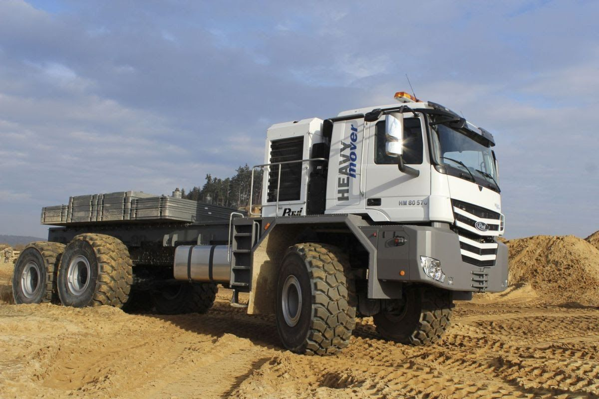Грузовики на Бездорожье Гонки Trucks on Offroad Racing