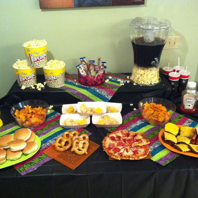 Pin By Tracy Dillon Drew On Cup Cakes Movie Night Food Night Food Movie Night Dinner