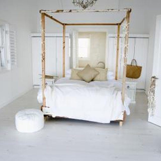 Make Your Own Handsome Canopy Bed From Wood Wooden Canopy Bed