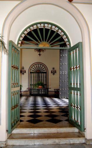 Foyer Art Vif Bienne : Foyer at el convento old san juan puerto rico come