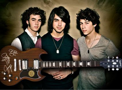 The Jonas Brothers Together Again!