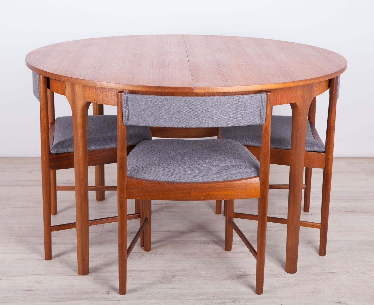 Pin By Krm On Dining Rooms In 2020 Teak Dining Table Dining