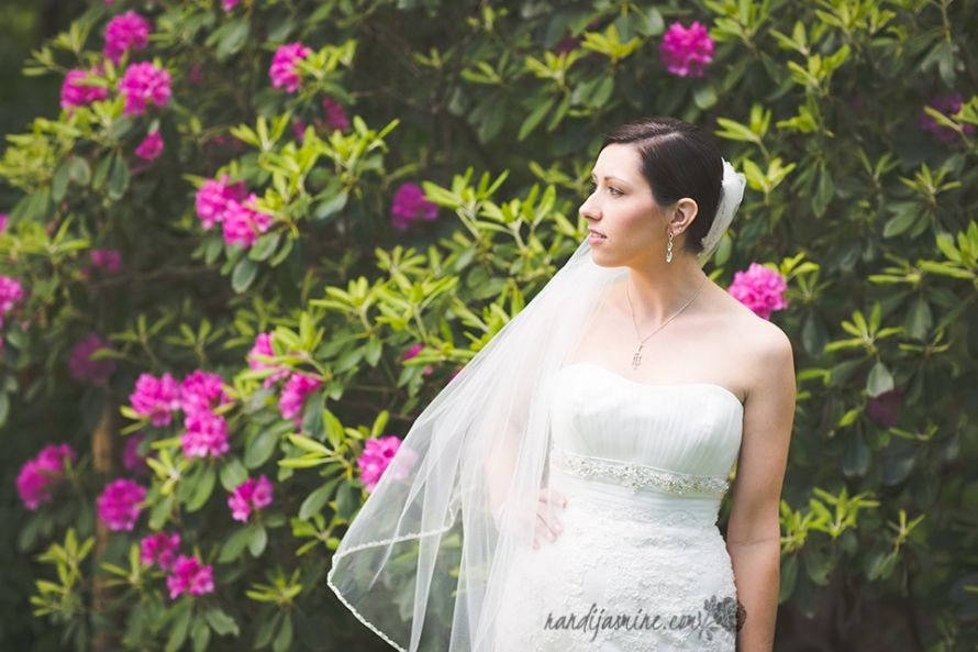 Quite breathtaking! | Randi Jasmine Photography | Kenneth Winston Style 1420 #kennethwinston #realbride