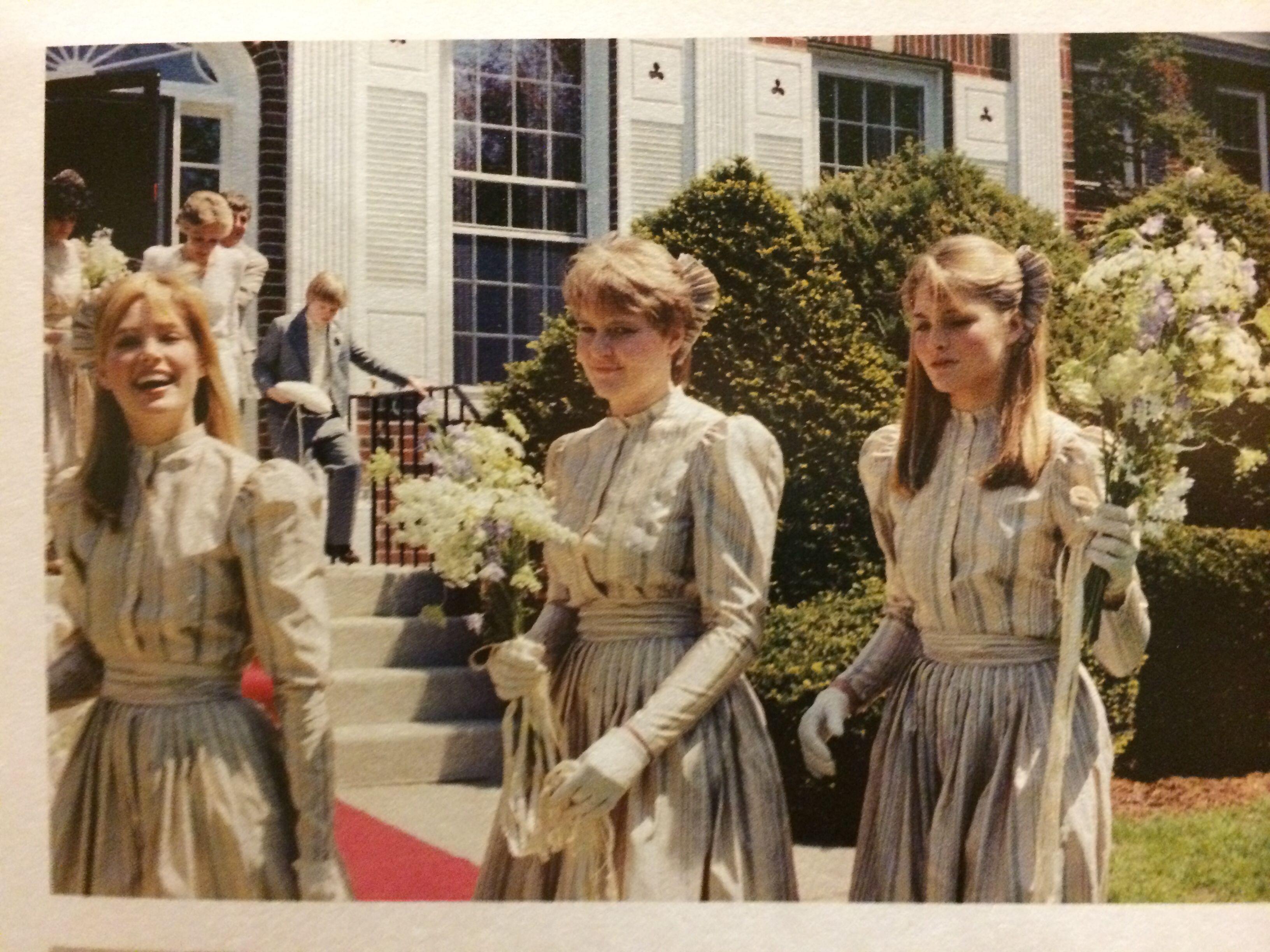 Bridesmaids In Perry Ellis At Nancy Donahue S Wedding