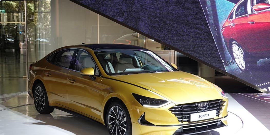 بالصور تجربة قيادة هيونداي سوناتا 2020 الجديدة كليا In 2020 Car Bmw Bmw Car
