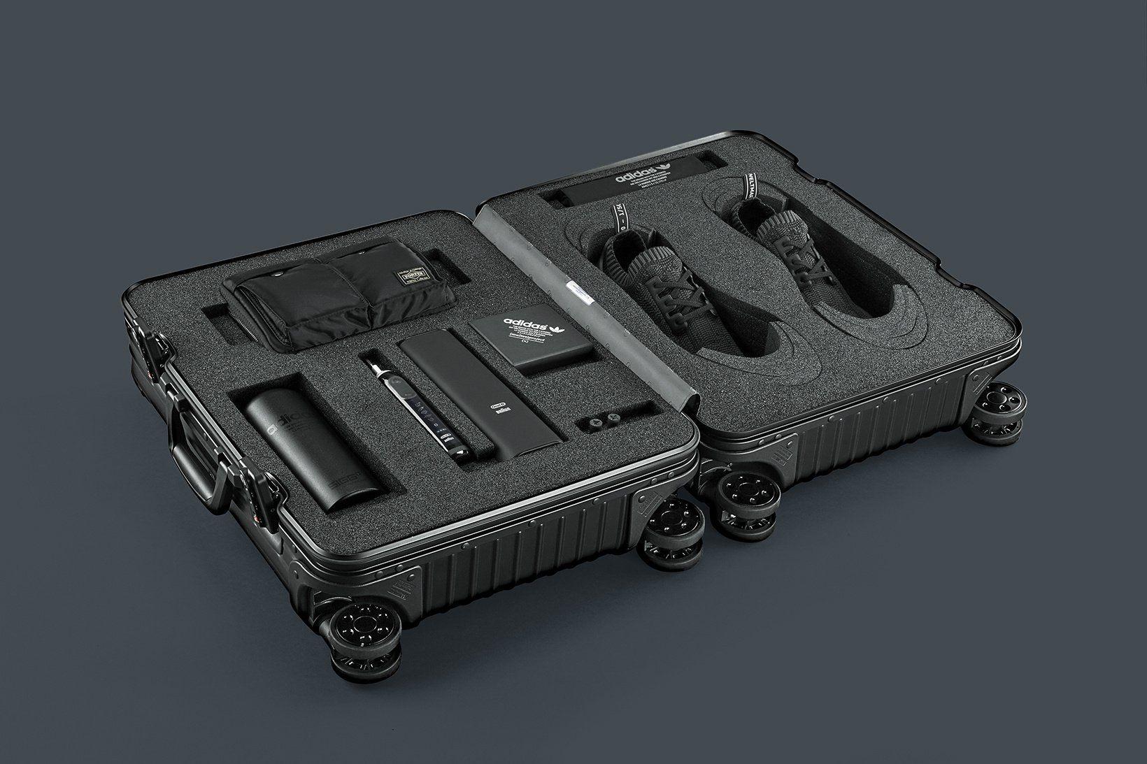 adidas-nmd-r1-pk-pitch-black-friends