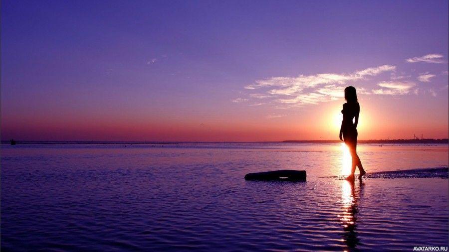 Стройная даёт на берегу фото 201-250