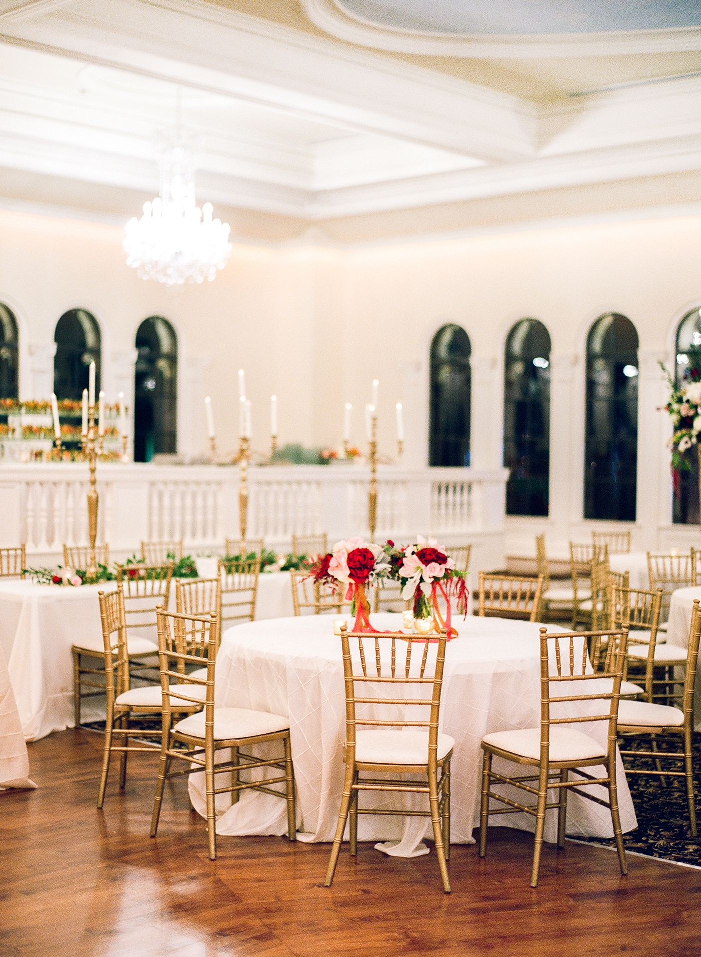 The Florentine Building Birmingham Al Wedding Reception At The Florentine Photo By Leslee Mitchell Diy Boho Decor Birmingham Wedding Christmas Lights Inside