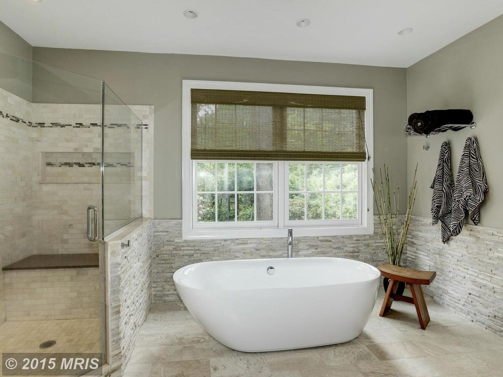 Contemporary Master Bathroom with Frameless Shower Doors By Dulles ...